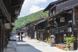 中山道 奈良井宿 の写真素材 [FYI04742808]