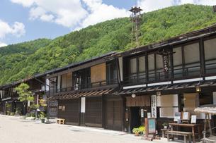 中山道 奈良井宿 の写真素材 [FYI04742809]