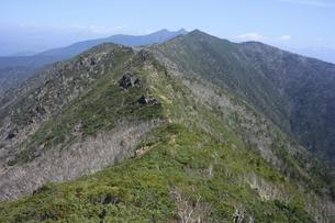アポイ岳から見た日高山脈(北海道・アポイ岳)の写真素材 [FYI04744074]