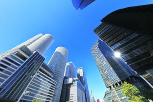 名古屋駅周辺の高層ビルと青空の写真素材 [FYI04744738]