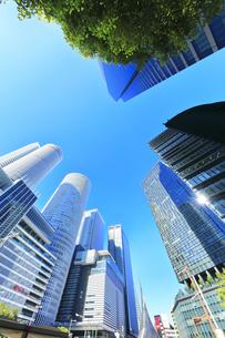 名古屋駅周辺の高層ビルと青空の写真素材 [FYI04745593]