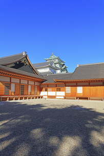 名古屋城天守と本丸御殿の写真素材 [FYI04745623]