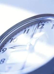 9時の時計の写真素材 [FYI04745786]