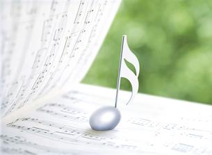楽譜と音符の写真素材 [FYI04746083]