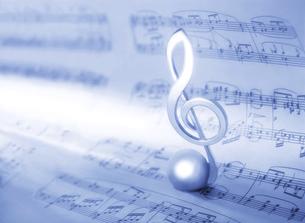 楽譜とト音記号の写真素材 [FYI04746085]