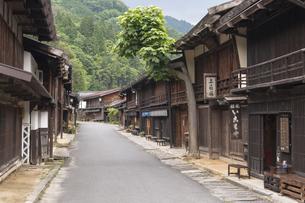 中山道 妻籠宿の写真素材 [FYI04746256]