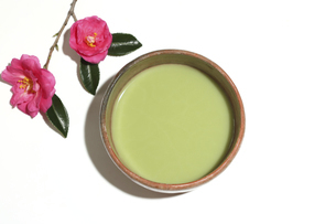 茶碗の中の抹茶の写真素材 [FYI04746704]