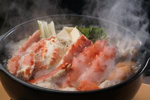 タラバ蟹の鍋の写真素材 [FYI04747103]