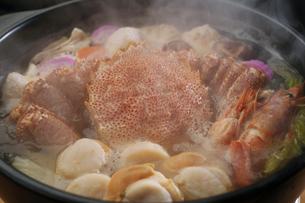 毛蟹の鍋の写真素材 [FYI04747114]