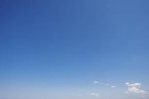 青空と雲の写真素材 [FYI04747604]
