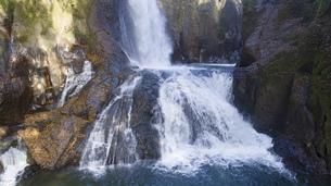 滝の写真素材 [FYI04748745]