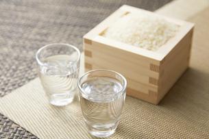日本酒の写真素材 [FYI04749349]