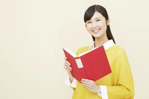 日本人女性の写真素材 [FYI04750214]
