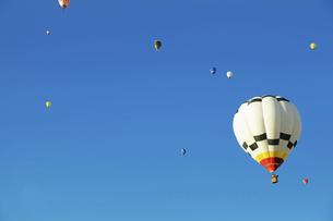 熱気球の写真素材 [FYI04750990]