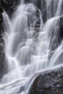 滝の写真素材 [FYI04751075]