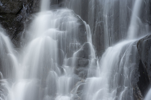 滝の写真素材 [FYI04751080]