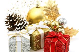 クリスマスオーナメントの写真素材 [FYI04751455]