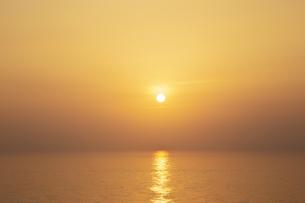 水平線の写真素材 [FYI04752253]