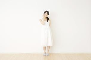 日本人女性の写真素材 [FYI04754623]
