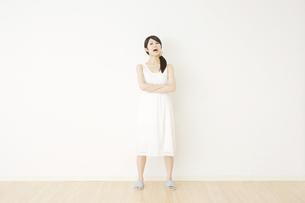 日本人女性の写真素材 [FYI04754639]