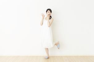 日本人女性の写真素材 [FYI04754721]