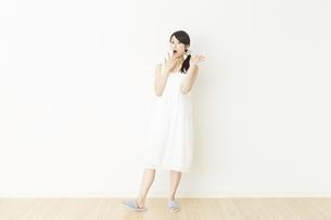 日本人女性の写真素材 [FYI04754723]