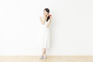 日本人女性の写真素材 [FYI04754797]