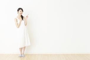 日本人女性の写真素材 [FYI04754815]