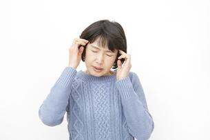 日本人女性の写真素材 [FYI04757101]