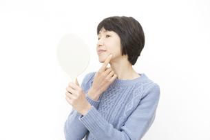 日本人女性の写真素材 [FYI04757156]