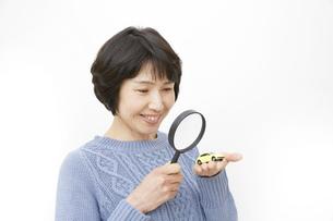 日本人女性の写真素材 [FYI04757182]