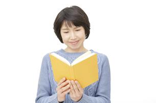 日本人女性の写真素材 [FYI04757183]