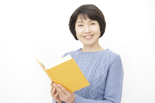 日本人女性の写真素材 [FYI04757187]