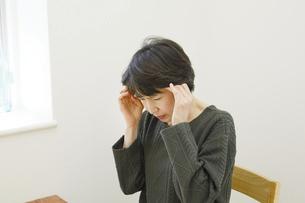 日本人女性の写真素材 [FYI04757750]