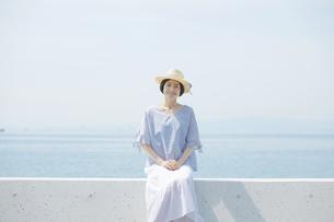日本人女性の写真素材 [FYI04758051]