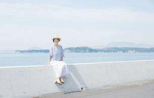 日本人女性の写真素材 [FYI04758062]