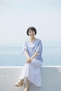 日本人女性の写真素材 [FYI04758074]