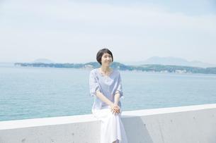 日本人女性の写真素材 [FYI04758076]