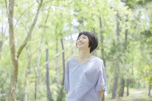 日本人女性の写真素材 [FYI04758135]