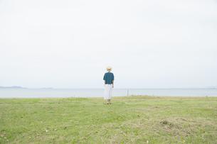 日本人女性の写真素材 [FYI04758278]