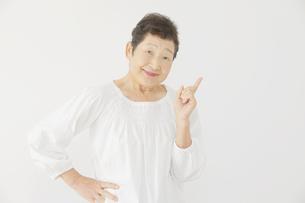 日本人シニア女性の写真素材 [FYI04758861]