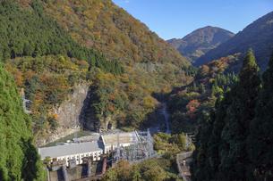 仏原ダムの写真素材 [FYI04759548]