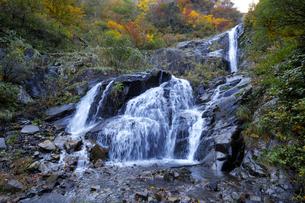 仏御前の滝の写真素材 [FYI04759566]