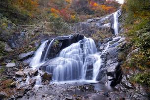 仏御前の滝の写真素材 [FYI04759567]