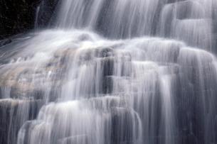 仏御前の滝の写真素材 [FYI04759571]