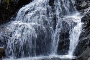 仏御前の滝の写真素材 [FYI04759574]