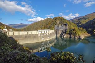 真名川ダムの写真素材 [FYI04759611]