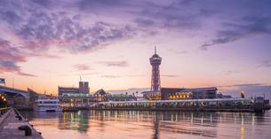 福岡県 風景 博多埠頭夕景の写真素材 [FYI04760025]