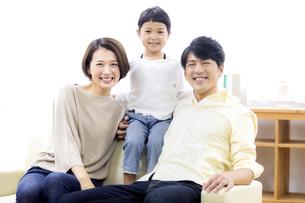 家族のポートレートの写真素材 [FYI04760694]