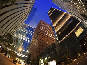 東京都 大手町のオフィスビル街の写真素材 [FYI04761794]